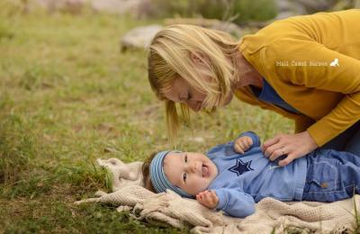 Fotografiranje novorojenčkov, dojenčkov, otrok, družin in nosečnice - Mali čudež naravevFotografiranje novorojenčkov, dojenčkov, otrok, družin in nosečnice - Mali čudež narave
