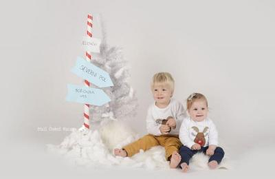 Fotografiranje novorojenčkov, dojenčkov, otrok, družin in nosečnic