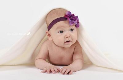 Fotografiranje novoorjenčkov, dojenčkov, otrok, družin in nosečnic